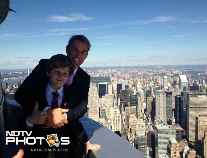Shane with his son Jackson Warne in New York as he visits the sights and sounds of the city that never sleeps. (Image courtesy @warne888)