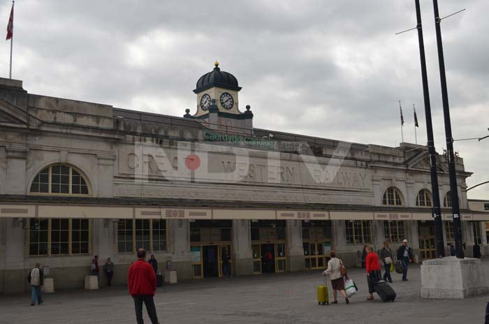Cardiff hosts the largest and busiest railway station in Wales. This was the gateway for South African and Indian fans as they came to the city for the clash between the titans.