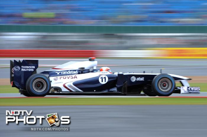 Rubens Barichello will be disappointed with his 15th position, even more watching his Williams teammate Maldonado starting at the 7th spot.