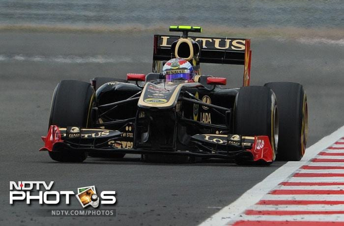 Renault's Vitaly Petrov will start from a disappointing 14th position.
