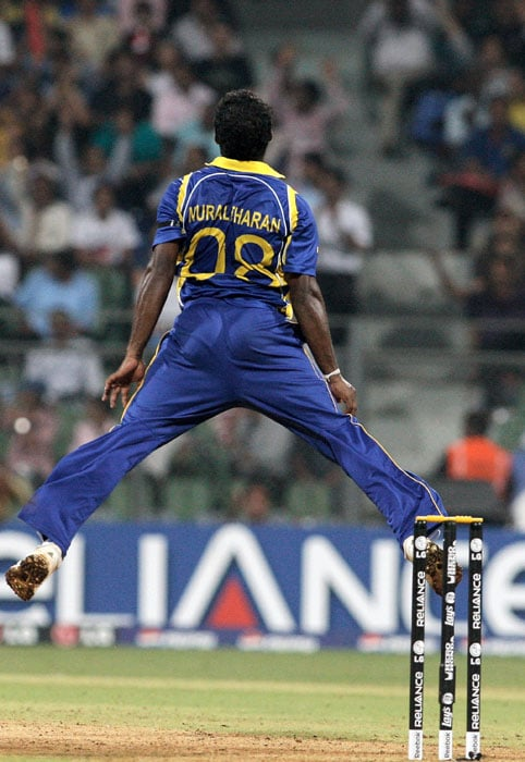 Muttiah Muralitharan was instrumental in the downfall of the New Zealanders picking up 4 wickets, including that of captain Ross Taylor. (Getty Images)