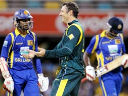 CB Series 1st final: Australia go past Sri Lanka
