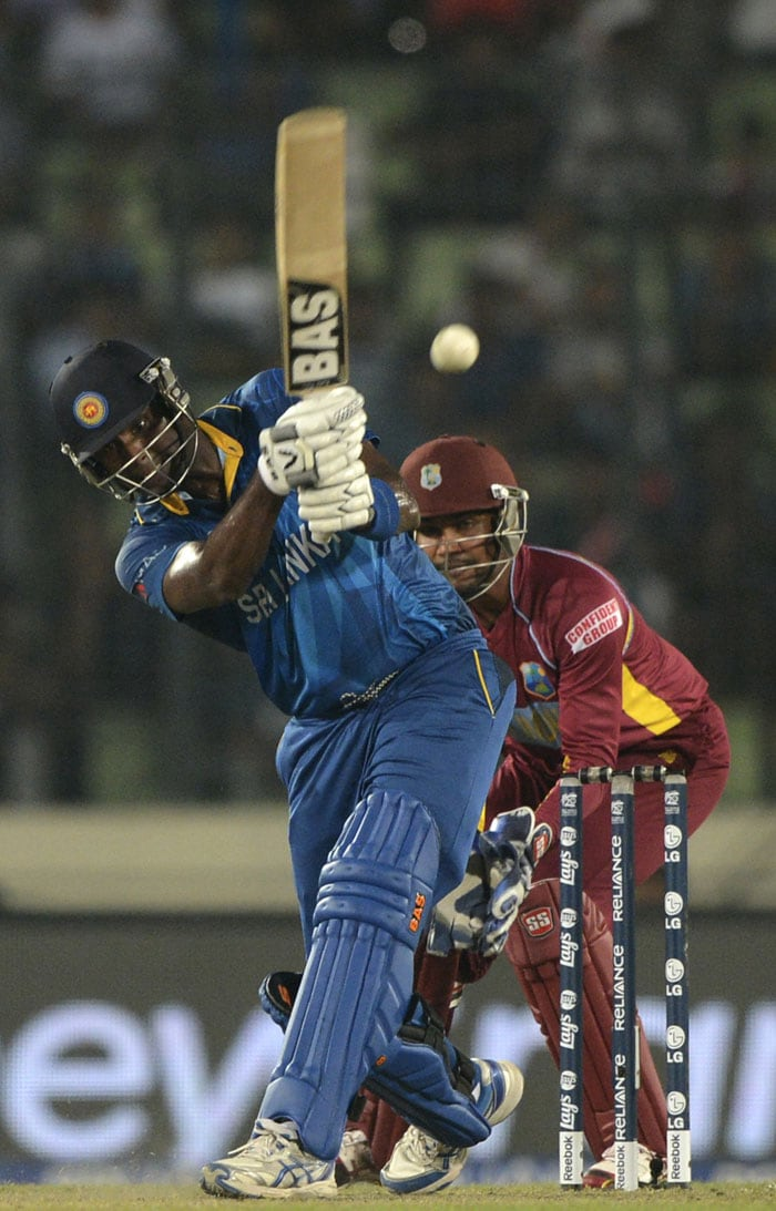 But it was Angelo Mathews' 40-run cameo that took Sri Lanka to 160/6 in 20 overs.