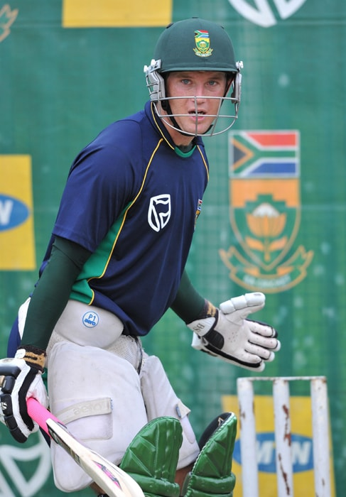 <b>COLIN INGRAM</b><br><br> <b>Age: </b>25.<br><b>Role: </b>Left-hand batsman<br> <b>Stats: </b>ODIs 11, Runs 328, Highest 124, Average 41.00, Strike-Rate 87.23, Centuries 2, Fifties 0, Catches 3<br><br> An aggressive batsman, Ingram announced himself on the international stage with a century on debut against Zimbabwe at the start of the 2010/11 season and followed up with another against Pakistan in his fourth ODI innings. But his form fell away during the home series against India and he did not play in the last two matches.(Photo: Getty Images)