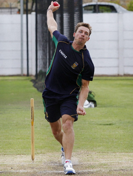 <b>DALE STEYN</b><br><br> <b>Age: </B>27.<br><b>Role: </b>Right-hand batsman, right-arm fast<br> <b>Stats: </b>ODIs 48, Runs 108, Highest 35, Average 8.30, Strike-Rate 81.20, Catches 10, Wickets 69, Best bowling 4-16, Average 29.65, Economy-Rate 5.22<br><br> The world's number one Test bowler has not quite replicated his success on the one-day stage but he is a formidable opponent, genuinely fast and with late out-swing. He takes a wicket on average with every 34th ball but can sometimes be expensive in limited overs matches. (Photo: Getty Images)