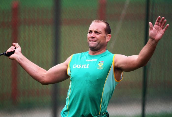 <b>JACQUES KALLIS</b><br><br> <b>Age: </b>35.<br><b>Role: </b>Right-hand batsman, right-arm medium-fast<br> <b>Stats: </b>ODIs 307, Runs 11,002, Highest 139, Average 45.84, Strike-Rate 72.77, Centuries 17, Fifties 80, Catches 116, Wickets 259, Best bowling 5-30, Average 31.90, Economy-Rate 4.82<br><br> The only genuine world-class all-rounder in the South African squad, Kallis will be playing in his fifth World Cup and adds stability and balance to the team after missing the series against India because of a side injury. His bowling may lack some of its old sting but he is at the peak of his powers as a batsman.(Photo: Getty Images)