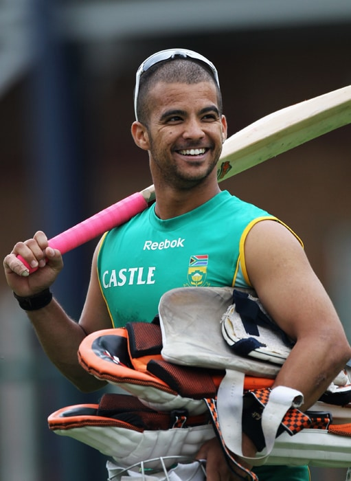<b>JEAN-PAUL 'JP' DUMINY</b><br><br> <b>Age: </b>26.<br><b>Role: </b>Left-hand batsman, Right-arm off-spin<br> <b>Stats: </b>ODIs 71, Runs 1,970, Highest 129, Average 41.91, Strike-Rate 83.82, Centuries 2, Fifties 12, Catches 27, Wickets 18, Best bowling 3-31, Average 39.11, Economy-Rate 5.02<br><br> A solid middle-order batsman, Duminy has become a consistent performer, able to construct an innings with well-placed dabs and nudges, mixed with the occasional more flamboyant attacking stroke. An agile fielder and useful bowler, usually used in short spells.(Photo: Getty Images)