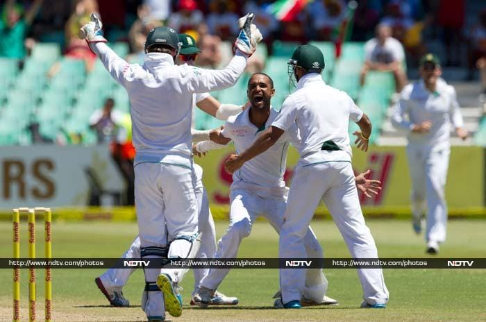 If Steyn's spin was considered unplayable, Robin Peterson's spin was not too simple either. <br><br> Peterson first removed MS Dhoni and then got rid of Ravindra Jadeja who was guilty of playing an ambitious shot when not needed.