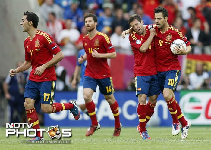 """The Spanish coach denied he had made a mistake playing Fabregas up front. """"He's a very special player who can get forward and allows us to dominate the middle of the pitch,"""" said Del Bosque."""
