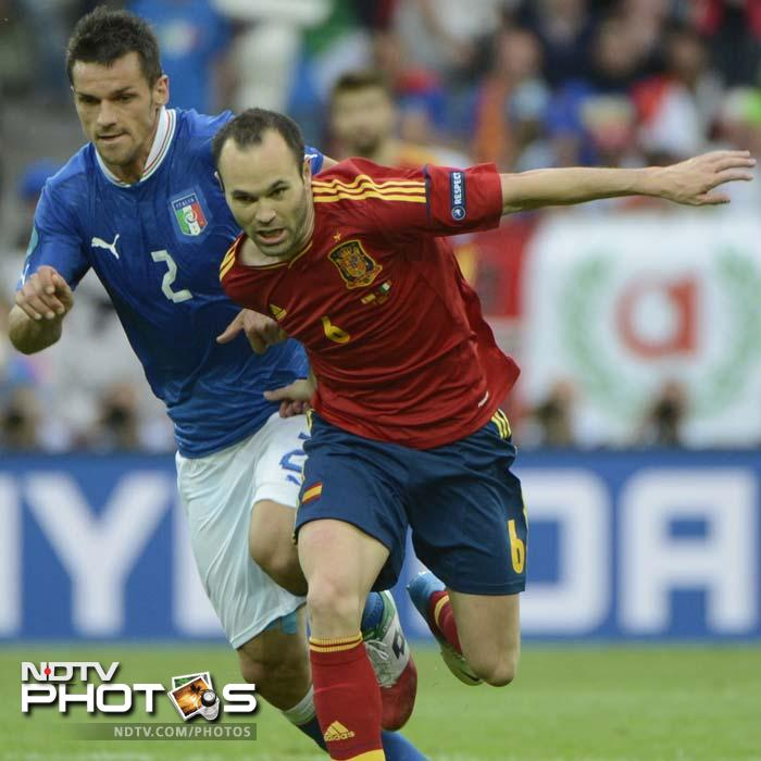 <b>Andres Iniesta (ESP) v Christian Maggio (ITA)</b><br><br> Suspended for the semi-final victory over Germany, Italy right-back Maggio will compete with Ignazio Abate for the right to start in Sunday's final, when he is likely to come up against the in-form Iniesta. Whether deployed as a wing-back in a 3-5-2 system or as a more conventional right-back in a back four, Maggio's chief defensive responsibility will be to keep tabs on the roaming Barcelona midfielder.<br><br> Iniesta's tendency to drift infield will force Maggio onto his weaker left foot, and the Napoli man is likely to require support from his colleagues in central midfield.