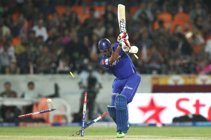 Stuart Binny, who had played crucial knocks for his side previously, got dismissed for the first time after 6 unbeaten innings. He was bowled by Thisara Perera. With Rajasthan half their side down, the target looked more and more unachievable. (BCCI image)