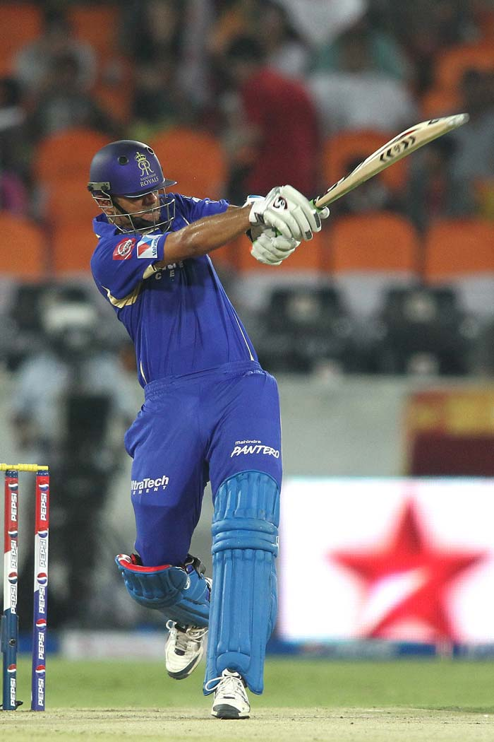Rahul Dravid always looks determined when he comes out to bat and Friday was no different. He gave the Rajasthan Royals a solid start, helping them reach 30 for no loss in five overs in a chase of 137 runs at Hyderabad. Dravid pulled Ishant Sharma for huge six over the fine leg fence. (BCCI image)