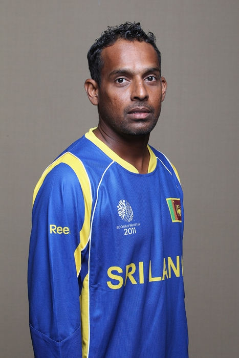 <b>THILAN SAMARAWEERA</b><br><br> <b>Age: </b>34.<br><b>Role: </b>Right-hand batsman, off-spinner<br> <b>Stats: </b>ODIs 44, Runs 752, Highest 105 not out, Average 26.85, Strike-Rate 68.67, Centuries 2, Fifties 0, Catches 14, Wickets 10, Best bowling 3-34, Average 53.80, Economy-Rate 4.67<br><br> The solid, patient batsman is the perfect foil for the stroke-makers in the side. He is not a regular member of the one-day side but his penchant for big scores on sub-continental wickets earned him selection for the World Cup.(Photo: Getty Images)