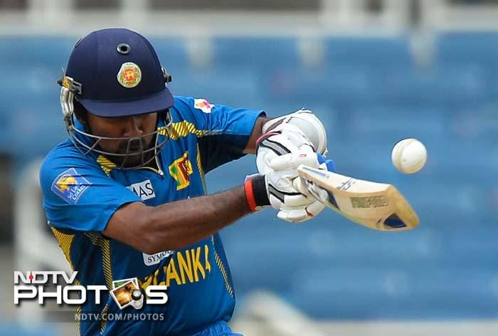 Jayawardene took the lead for the most part. <br><br>He was the first of the two to complete his fifty and century.