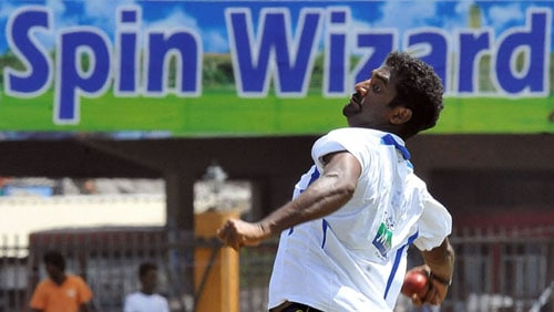 At the moment, Sri Lanka have a very strong bowling, but their main strength is spin. Although Muttiah Muralitharan will bid adieu to after the first Test, Ajantha Mendis, Rangana Herath and Surav Randiv are still there to test the Indians.<br><br>The Sri Lankan selectors kept Mendis away from the first Test, but given his performance in the practice game against India and retirement of Murali, he is bound to make a comeback in the second Test. Both these bowlers have troubled the Indians on the home soil in the past. Suraj Randiv was impressive in his last outing against India.<br><br>Lankan pacers Lasith Malinga, Dammika Prasad, Chanaka Welegedara and Angelo Mathews strengthen the bowling department and the Indian batsmen, specially, the middle order will have to show more resistance.
