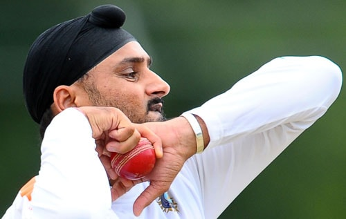 Despite the Indian bowling looking a little blunt, MS Dhoni is unlikely to go for four bowlers - 2 pacers and 2 spinners. And with pace department looking a little weak, the spinners will have to lead from the front.<br><br>Harbhajan Singh, in particular, will have to play the wicket-taking role. Playing leg-spinner Amit Mishra will not only add variety, but his attacking and wicket-taking ability will also give Indian bowling the much-needed boost.<br><br>Virender Sehwag and Yuvraj Singh will also come handy.