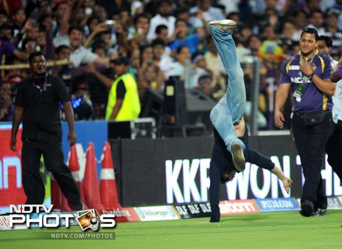 Shah Rukh, known for his exuberance, ran on to the field and did a somersault to celebrate the victory.