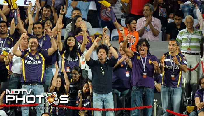 And while the match was on, SRK cheered his team along with his family and friends from the stands.