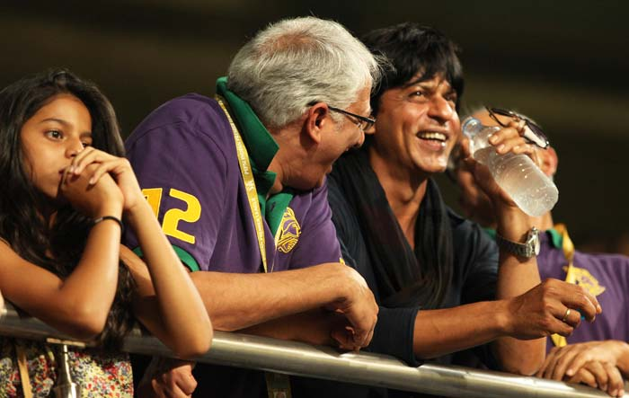 The evergreen smile of SRK flashed when KKR won the match. The proud owner proved to be lucky for the team as KKR registered an effortless win over RR by 8 wickets.