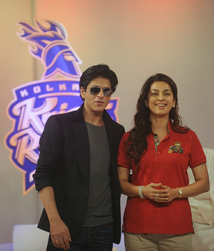 The new look of the logo was unveiled by the owners of KKR, Shah Rukh, Juhi Chawla and Jay Mehta along with the CEO of KKR Venky Mysore.