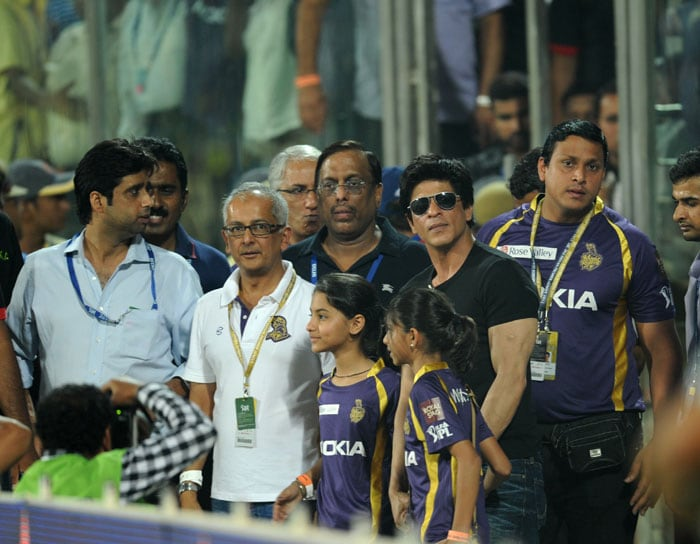<b>When ICC stopped SRK:</b> It is not for the first time that SRK has been stopped from getting closer to his team. In the very first season in 2008, he was barred by the ICC from entering the Kolkata Knight Riders dressing room on when matches were in progress. He then issued a statement that he would be boycotting the remaining matches of the IPL until the code of conduct was clarified by the IPL authorities.