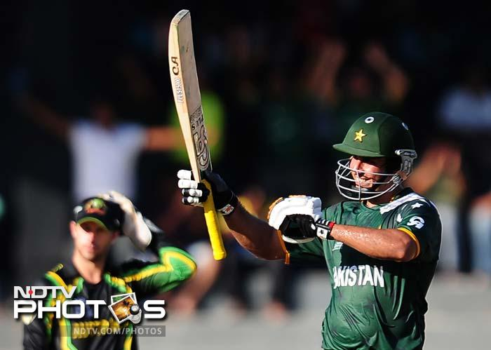 Nasir Jamshed completed his fifty off 41 balls and eventually made 55, before Doherty removed him, to lead Pakistan to a decent total of 149/6.