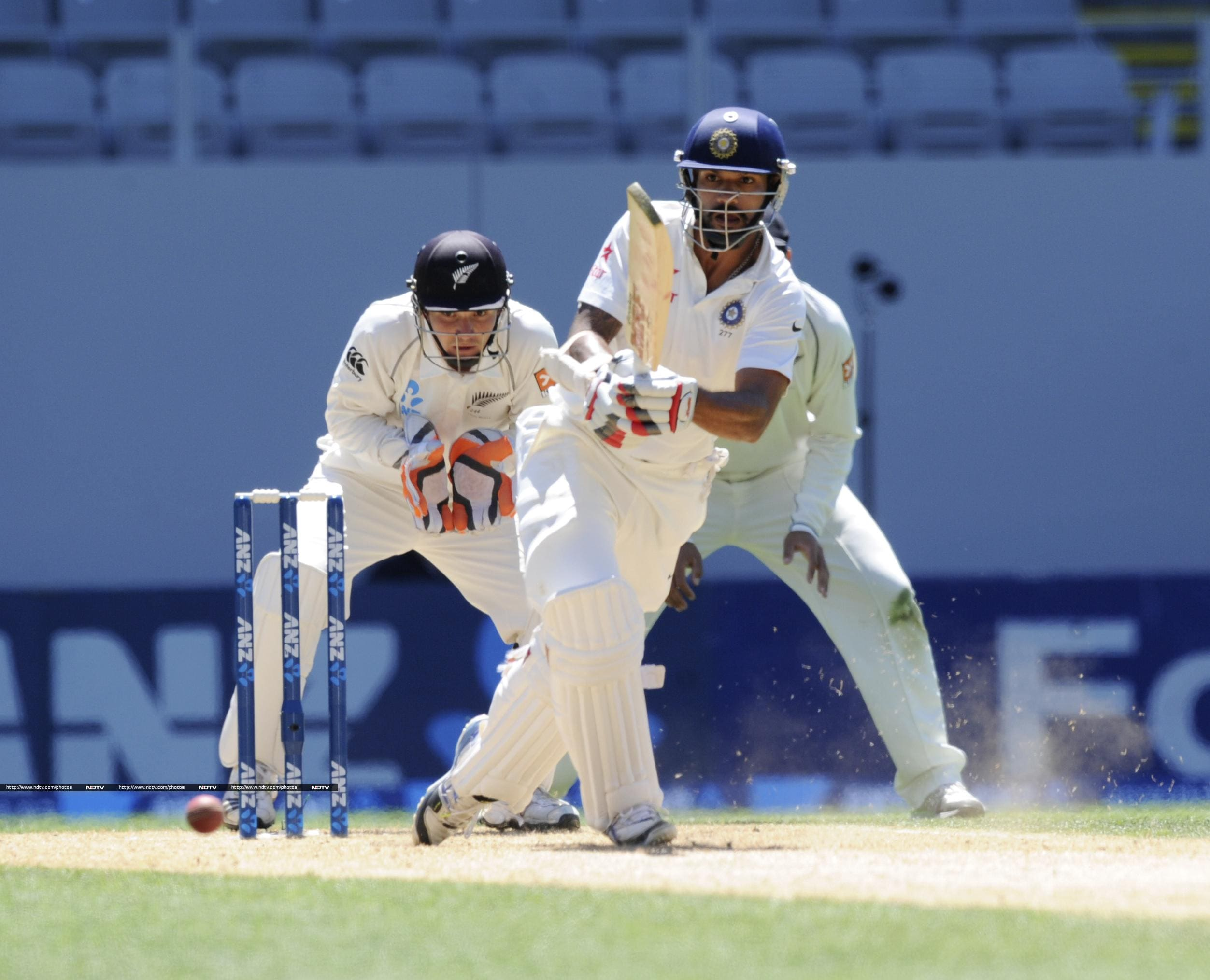 Shikhar Dhawan started the day in a psoditive manner and reached his fifty.