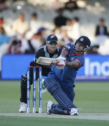 India's Suresh Raina plays a shot as of New Zealand's Brendon McCullum during their Twenty20 match prior to the start of the ICC World Twenty20 at Lord's cricket ground in London on Monday. (AFP Photo)