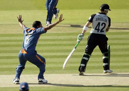 India's Praveen Kumar makes an unsuccessful appeal against New Zealand's Brendon McCullum during the Twenty20 World Cup warm-up match between India and New Zealand at Lord's cricket ground in London on Monday. (AP Photo)