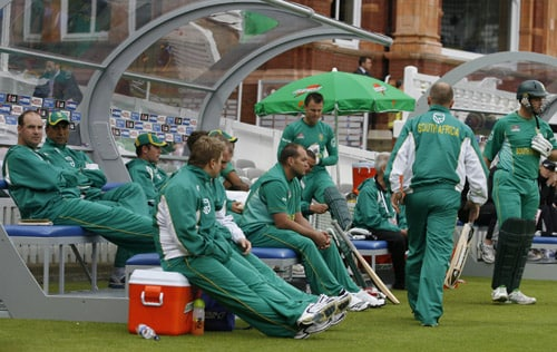 A view of the South Africa dugout during their ICC World Twenty20 match against New Zealand at Lord's in London. (AFP Photo)