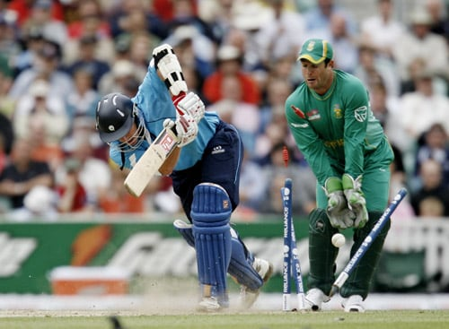 Neil McCallum is bowled by Johan Botha as wicketkeeper Mark Boucher looks on during their ICC World Twenty20 Cup match at the Oval ground in London. (AFP Photo)