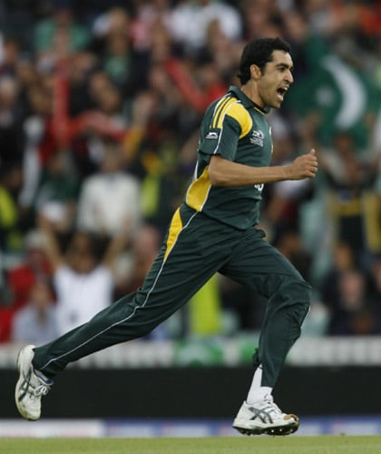 Umar Gul celebrates after taking the wicket of Luke Wright during their ICC World Twenty20 Cup match at the Oval ground in London. (AFP Photo)