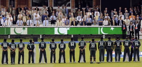 The Pakistani team line up in front of the members during the national anthems prior to the start of the ICC World Twenty20 final against Sri Lanka at Lord's. (AFP Photo)