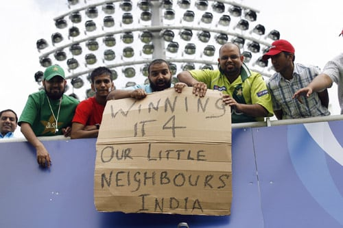 Pakistani fans express themselves before the ICC World Twenty20 final against Sri Lanka at Lord's. (AFP Photo)