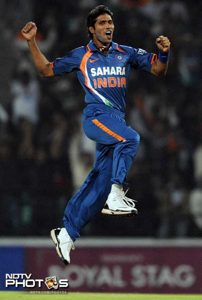 <b>Ashok Dinda</b>: A build that is very unlike of a pace-bowler, Dinda has been a late-bloomer. But he has been in wicket-taking form over the last year that has prompted the selectors to move him up the ladder. In the last T20 he played against Sri Lanka this August, Dinda picked up four wickets for 19 runs.
