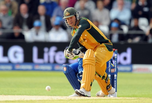 Ricky Ponting faces a ball against Sri Lanka during the World Twenty20 match at Trent Bridge in Nottingham. (AFP Photo)