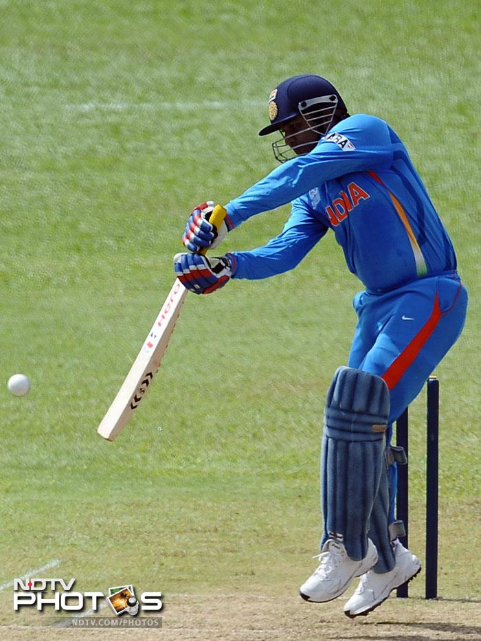 The Indian top order could not fire as Sehwag, Kohli and Raina folded early to leave India struggling at 51/4.