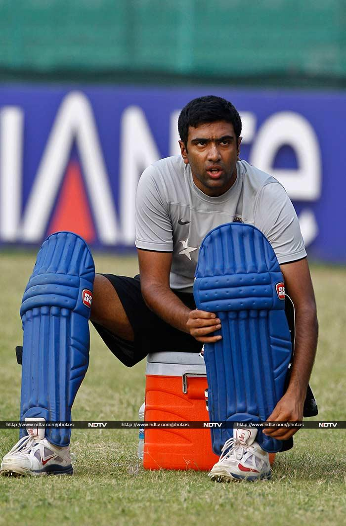As such, even spinner R Ashwin was seen with his batting pads on!