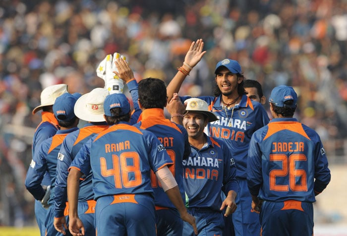 After drawing the two T20 match series 1-1, India clinched the ODI series 3-1. It was a high scoring series, but it had some murky moments as well. MS Dhoni was banned for 2 ODIs due to slow over-rate. By the time he returned, India had won the series in Kolkata. While he wanted to end the year on a winning note, it was not to be.