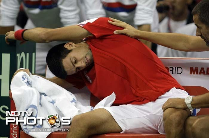 Not the one to be left behind when Federer and Nadal are ahead, Novak Djokovic also agreed to donate for the cause.