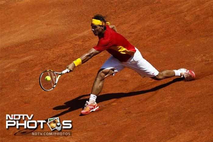 Rafel Nadal's name also figured in the list of players who had agreed to send their gears for the auction.