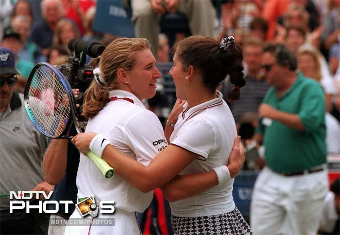 <b>Steffi Graf vs Monica Seles:</b> This was possibly, the most intense rivalry on the tennis court seen in recent times. Seles was even stabbed by a fanatic who is believed to have been a Graf fan. The tipsy race for the Number 1 spot was exchanged between the two but eventually, the stabbing incident meant that the German prevailed.