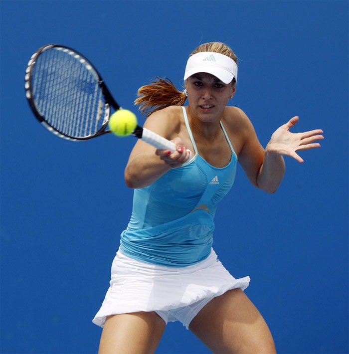 <b>Sabine Lisicki</b>, Germany: She achieved her career high rank of #22 on 3 August 2009. She lives in Berlin and Bradenton, Florida. Lisicki is the daughter of first-generation Polish immigrants and speaks Polish fluently.