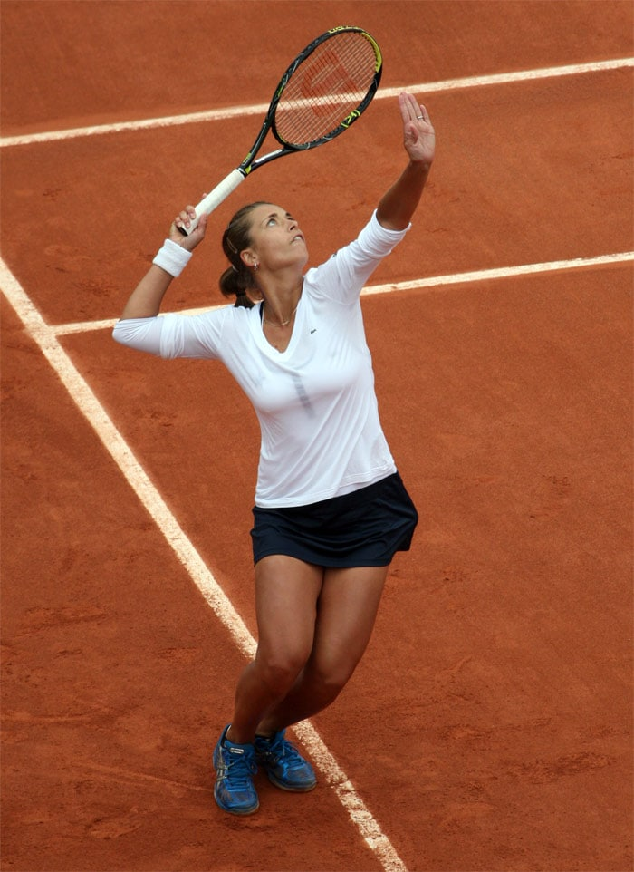 <b>Petra Cetkovska</b>, Czech Republic: She is of ethnic Macedonian origin. She reached her career high singles ranking No.49 on June 16, 2008. In 2007, she made breakthrough in her WTA ranking, and notched 3 ITF titles. Also, she won her first WTA doubles title with compatriot Andrea Hlavácková in ECM Prague Open. She made her grand slam main draw debut in 2007 US Open, going through to second round by defeating Jill Craybas from USA. She eventually lost to 14th seed Elena Dementieva in second round match. At the 2008 French Open, she upset the 23rd seed Alona Bondarenko 6-3, 6-0 in the first round en route to a fourth round showing, her best Grand Slam showing to date. However, she was soundly beaten by then World No. 2 and eventual champion Ana Ivanovic in a 6-0, 6-0 whitewash. Cetkovská lost in the opening round of the 2009 Australian Open to Marina Erakovic 4-6, 7-5.
