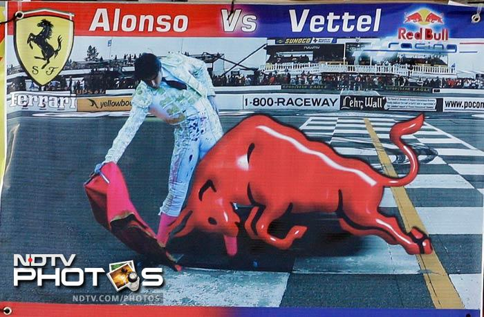 The stage is set for Fernando Alonso and Sebastian Vettel to fight it out on American soil in the penultimate race of the season.