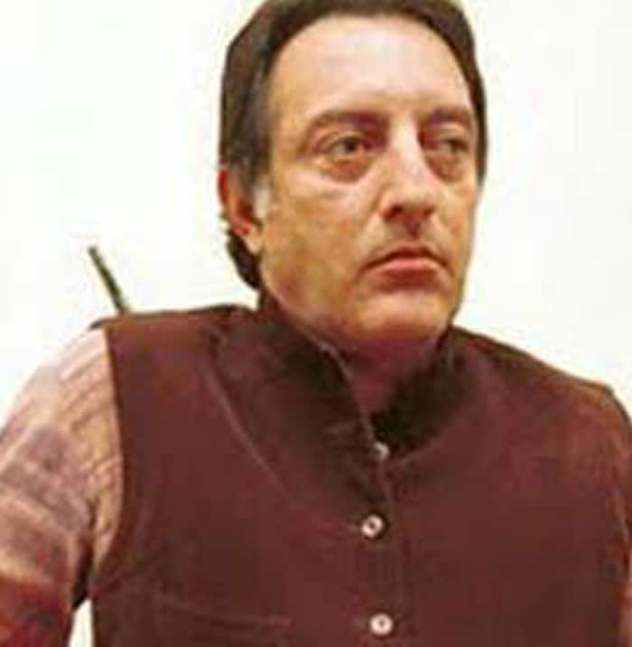 Former Indian cricket captain Mansur Ali Khan Pataudi passed away at 5.55 pm this evening (September 22, 2011).<br><br/> The lung infection he was diagnosed with led to a respiratory failure which in turn led to cardiac arrest.<br><br/> He was 70 years old.
