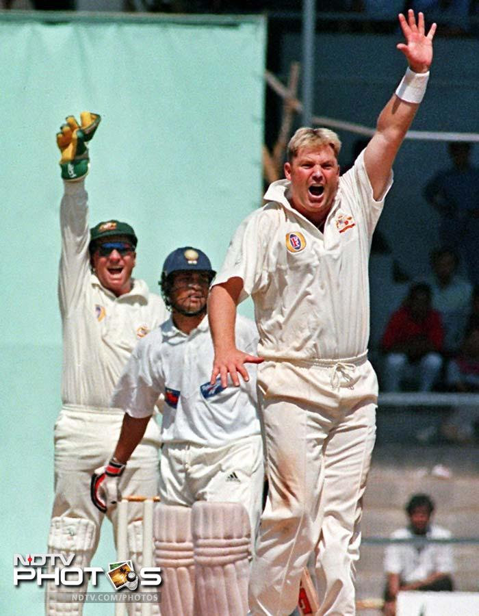 Sachin had established himself as a master by 1998. Then again, Shane Warne was no rookie either. Therefore the Chennai Test was billed as a Warne vs Tendulkar show. While Warne drew first blood when he removed Sachin on 4 in the first innings, Tendulkar replied with 155 in the second to shatter any talks of the duel being decided in the Australian's favour.
