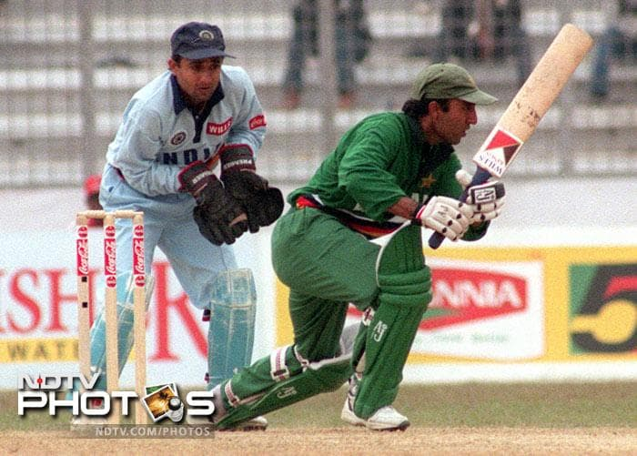 <b>Saeed Anwar: </b>194 off 146 balls against India on 21 May 1997 at Chennai. Fours: 22, Sixes: 5, Strike Rate: 132.87