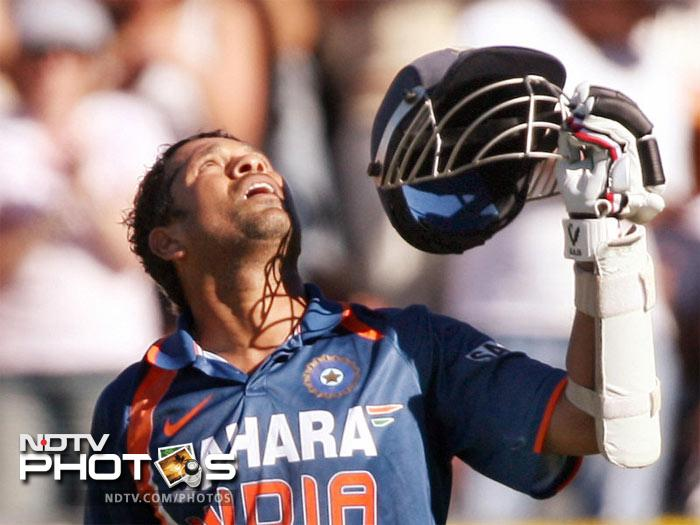 <b>Sachin Tendulkar: </b>200* off 147 against South Africa on 24 Feb 2010 at Gwalior. Fours: 25, Sixes: 3, Strike Rate: 136.05