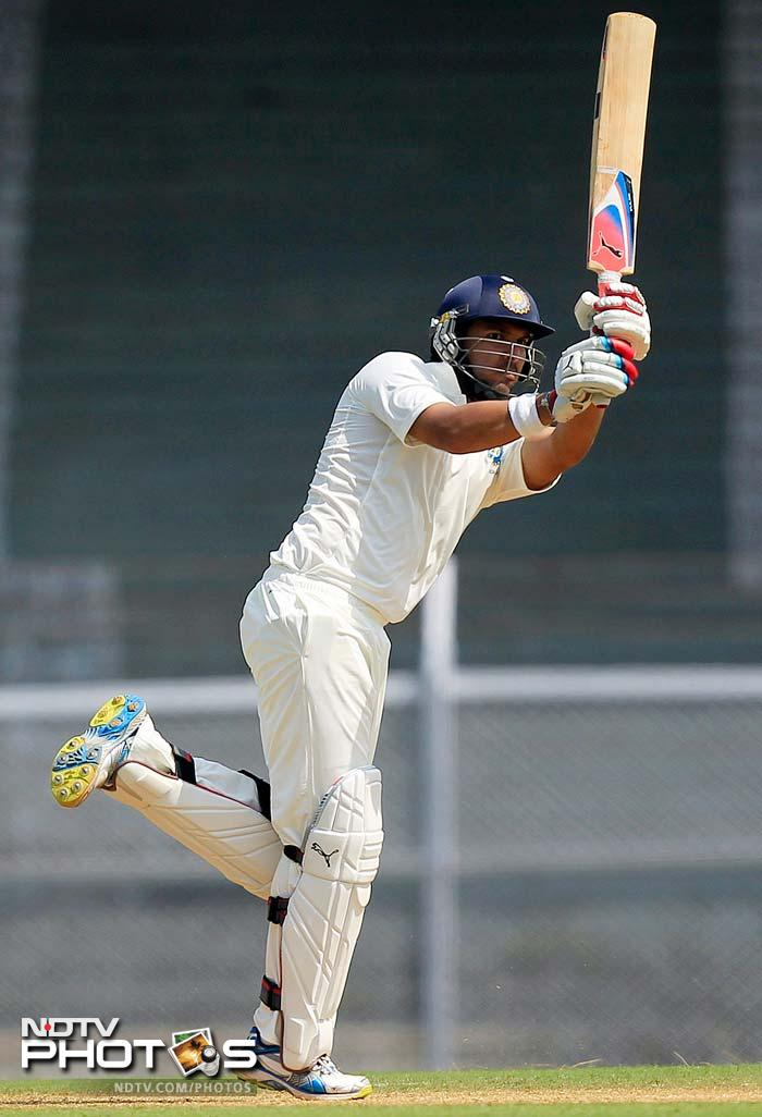 Yuvraj Singh showed his double-hundred in the Duleep Trophy wasn't just because of a batting-friendly pitch as he scored a quick 59 in 80 balls. He hit 4 sixes.